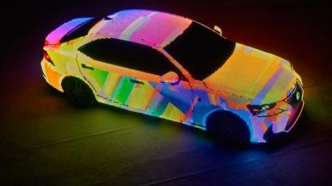 Lexus IS LIT – a revolutionary color changing car